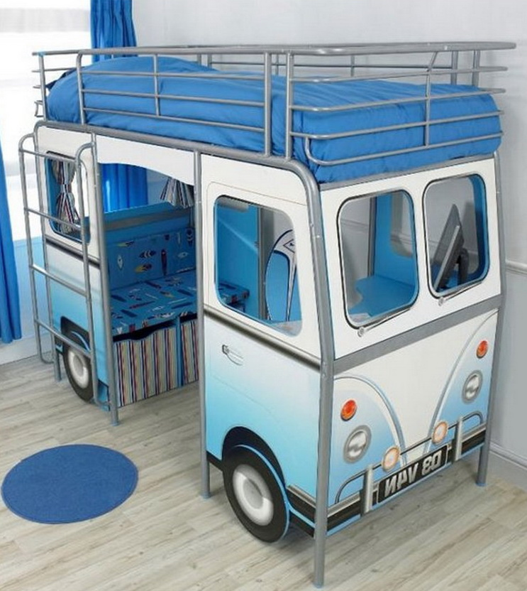 Bus baby bed