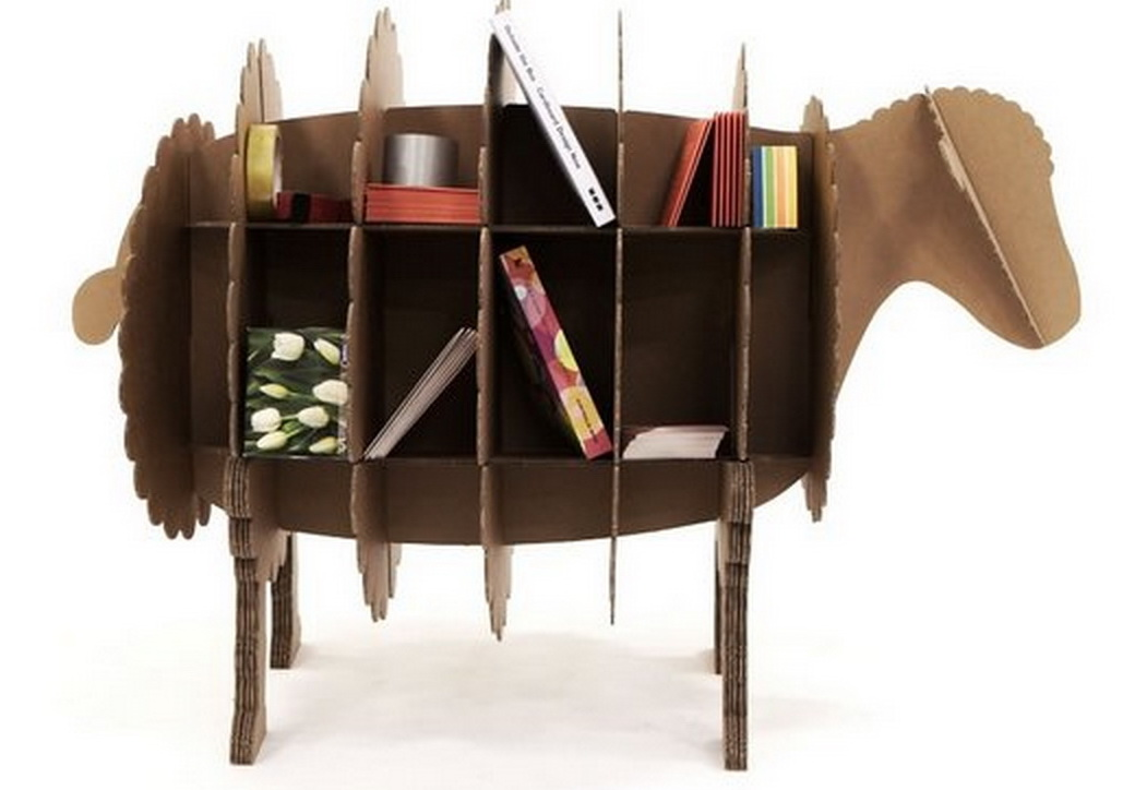 Book shelves in the form of a sheep