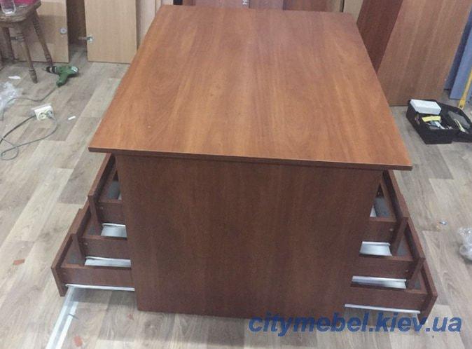 Изготовление офисных столов на заказ КИев