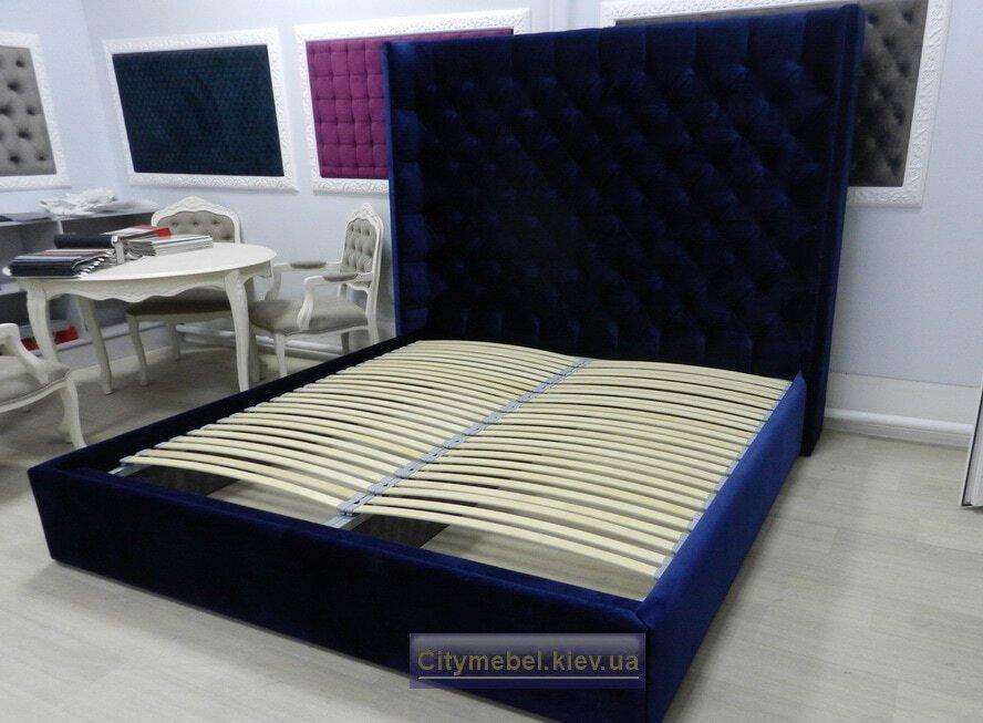 синяя двухспальняя кровать