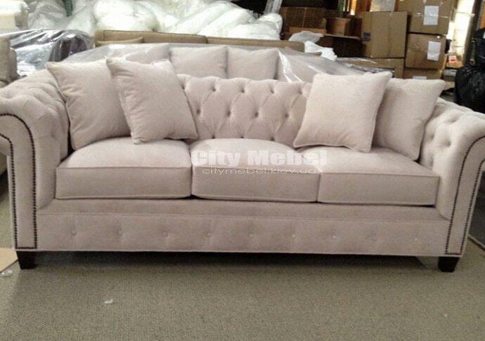 мягкая мебель прямой формы
