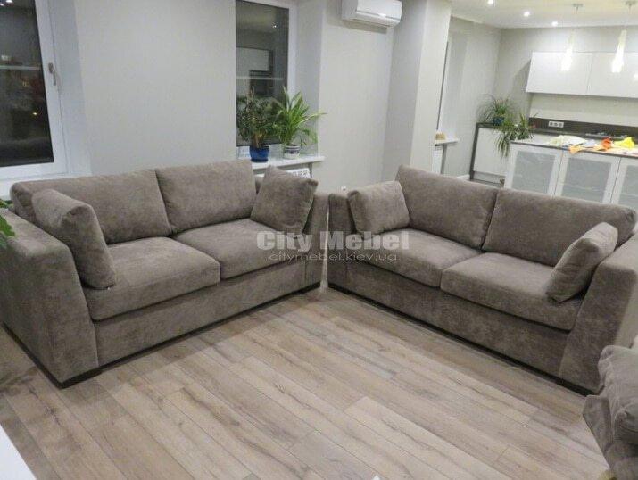 два прямых дивана