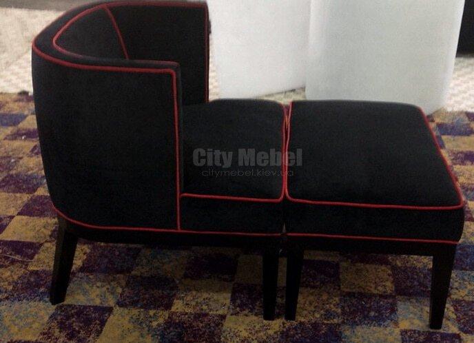 кресло с пуфом