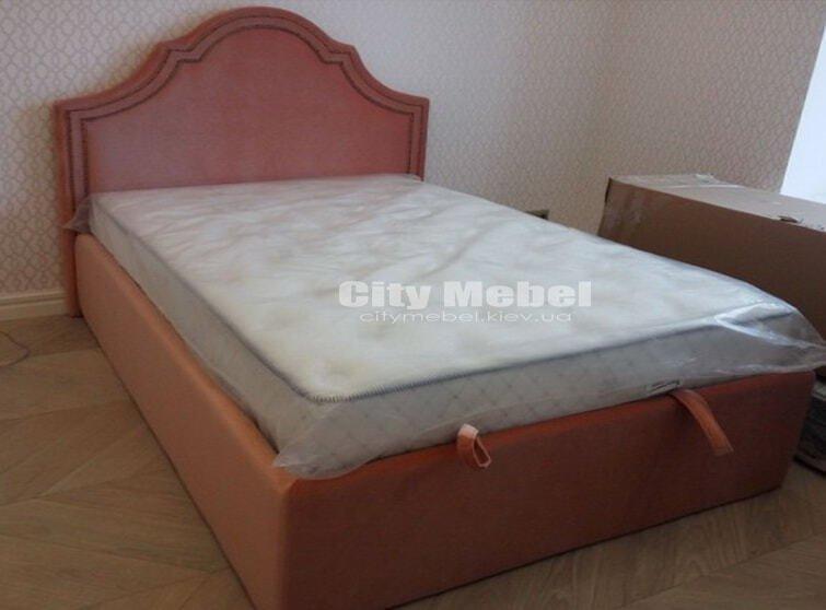 кровать красного цвета на заказ