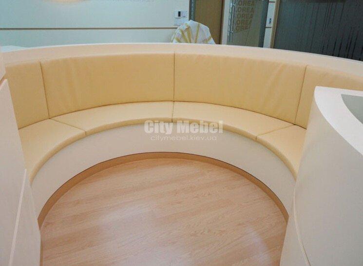 мягкая радиусная мебель в салон на заказ