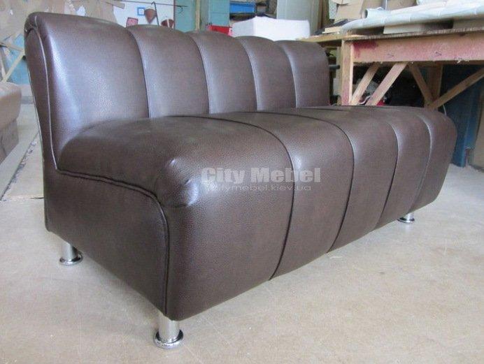 прямой заказной диван для кафе Киев
