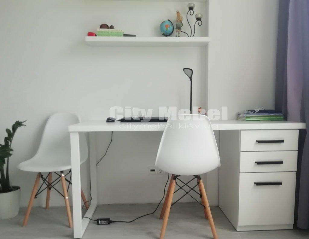 заказные столы для персонала