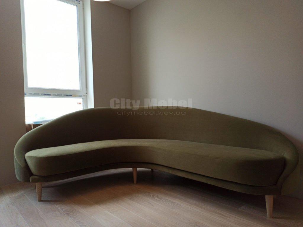 угловой округлый диван